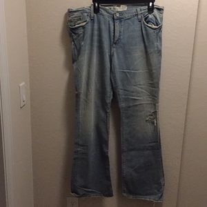 NWT Gap boot cut jeans.